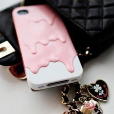 7 Awesome IPhone Accessories ...