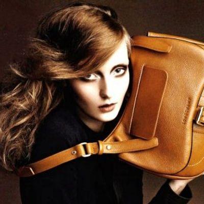 7 Brilliant Reasons Not to Buy Fake Designer Handbags ...