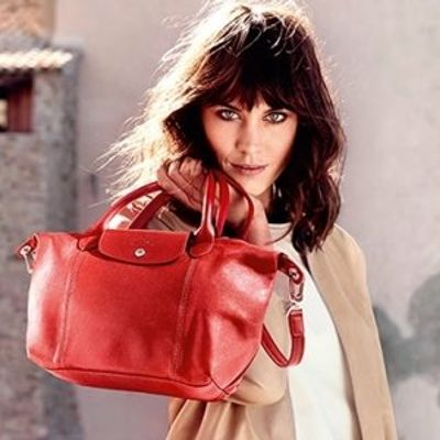 7 Must-Have Items for Your Purse That Are Useful, Girly and Fun ...