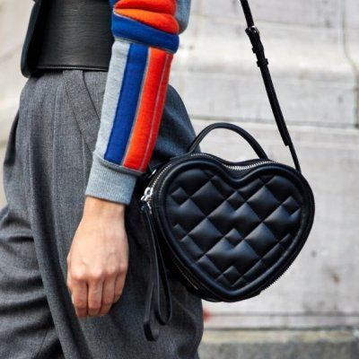 Brand Name Handbags a Gal Can Afford if She Tries ...