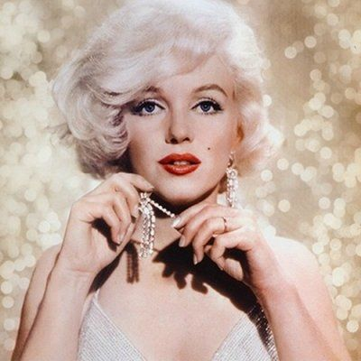 Marilyn Monroe Still Inspires with Her Timeless Beauty Advice ...