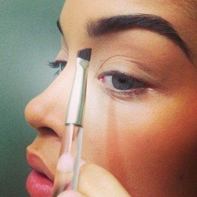 Weak to Fleek: 7 Foolproof Tips for Growing Bolder Brows ...