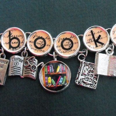 30 Book-Themed Accessories ...