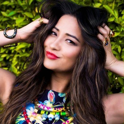 7 #OOTD Posts from Shay Mitchell That'll Inspire You ...
