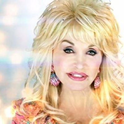 7 Surprising Reasons to Admire Dolly Parton ...