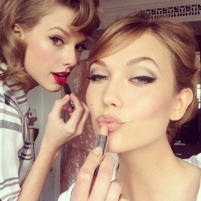 7 Celebrities Who Are Great Friends with Taylor Swift ...