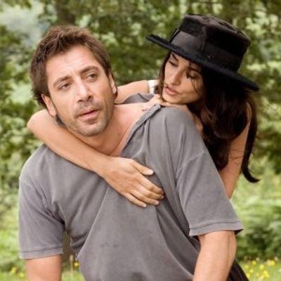 7 Adorable Celebrity Couples We Wish Were More Public ...