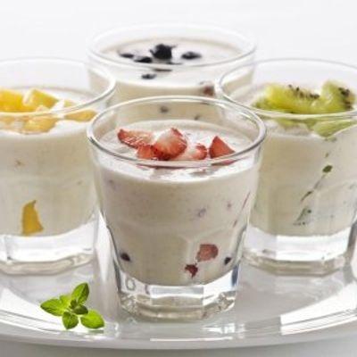 7 Reasons to Eat Yogurt to Keep Your Tummy Trim ...
