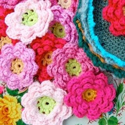9 Ace Projects to Use up Scraps of Wool ...