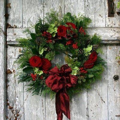 31 Front Door Worthy Winter Wreaths You Are Going to Love ...