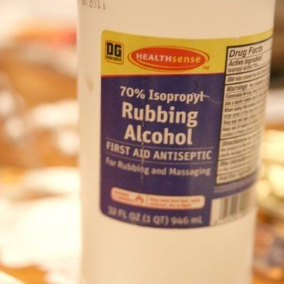 9 Uses of Rubbing Alcohol You Might Have Wondered about ...
