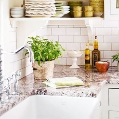 7 Neat Uses for Dishwashing Soap You Never Knew ...