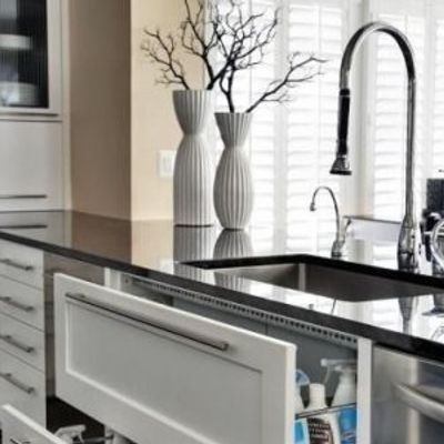 7 Tips for Cleaning Your Kitchen Sink in a Jiffy ...
