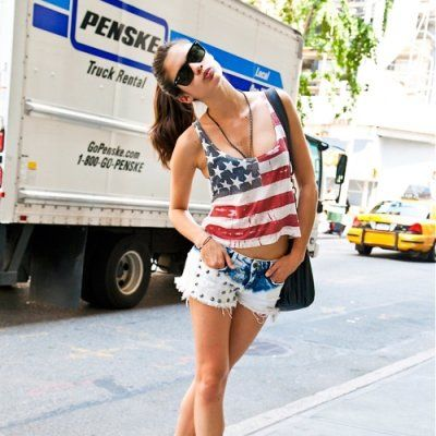 Sexy Red, White and Blue Outfits to Wear to a 4th of July Party ...