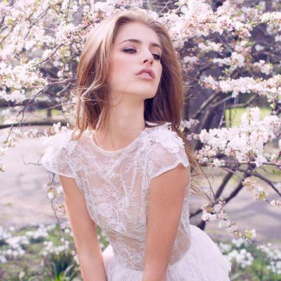 The Most Beautiful Ways for Ladies to Wear Lace ...
