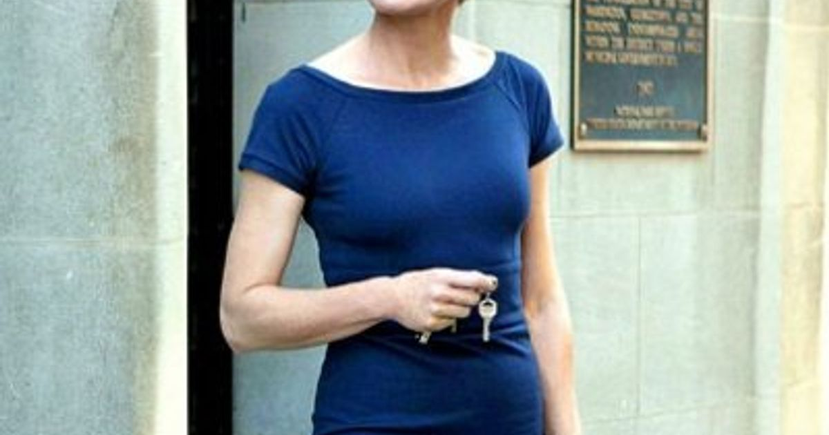 claire underwood hairstyle pictures how how to steal claire underwood s style on a budget