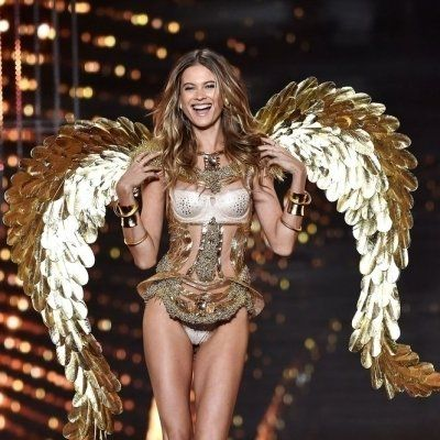 31 of the Sexiest Looks from the 2014 Victoria's Secret Fashion Show ...