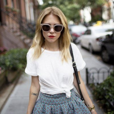 Back to Basics: Why You Need a Plain White T-Shirt and How to Wear It ...