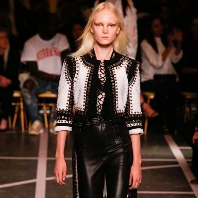 Get 'laced up' with This New Runway Trend ...