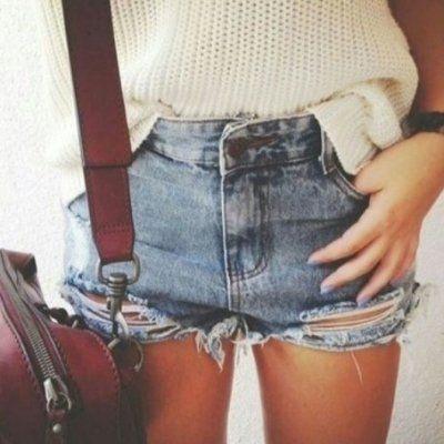19 Ways to Wear Denim Cutoff Shorts This Spring ...