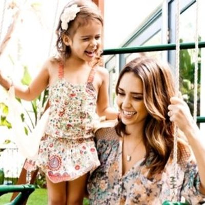 7 Wardrobe Essentials for Busy Mothers ...