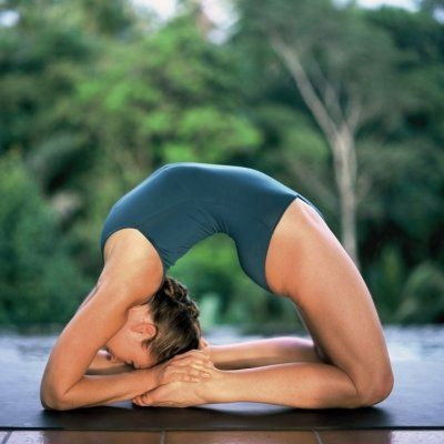 Soothe Your Sore Muscles with These Yoga-inspired Stretches ...