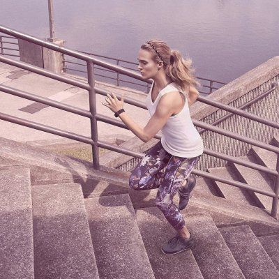 7 Workouts to Slim and Sculpt Your Legs ...