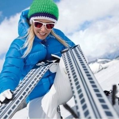7 Reasons to Try Skiing This Year ...