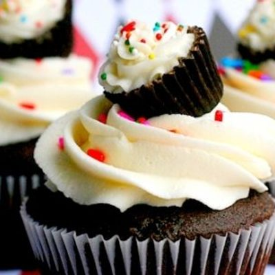 7 Homemade Frosting Recipes That Will Melt in Your Mouth ...