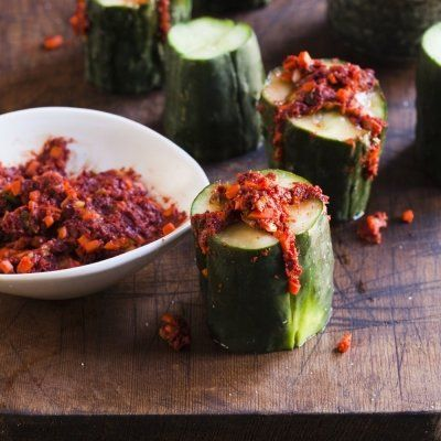 7 Reasons to Eat Cucumbers Regularly ...