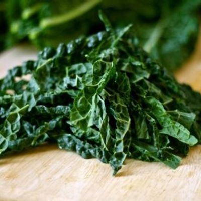 7 Kale Recipes That Make Good Use of This Superfood ...