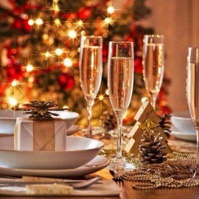 11 Alternative Christmas Dinners around the World ...