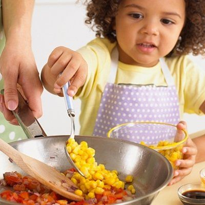 7 Ways to Get Your Kids Interested in Cooking ...