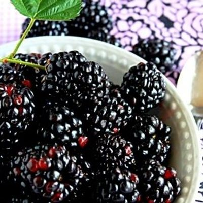 7 Antioxidant Rich Foods That Will Leave Your Skin Glowing ...