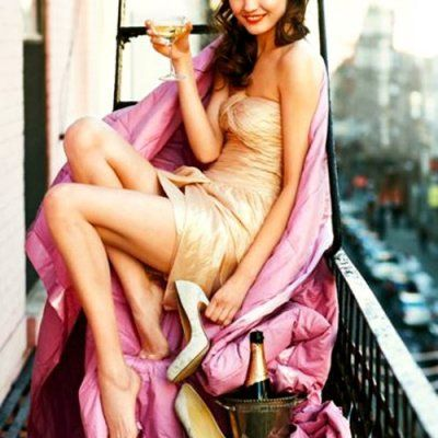 How to Drink Champagne like a Lady ...