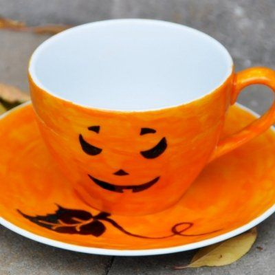 This Barista's Spooky Latte Art is Perfect for the Halloween Season ...