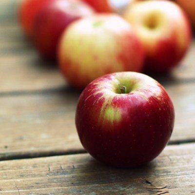 How an Apple a Day Really Does Keep the Doctor Away ...