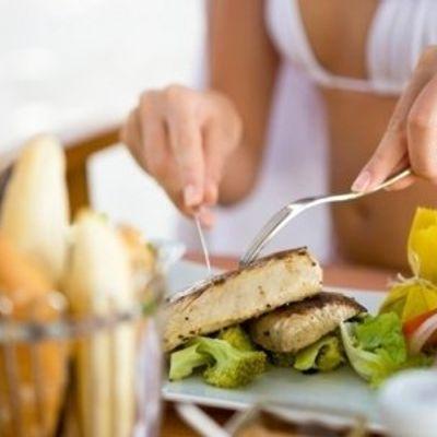 9 Benefits of Eating Fish Regularly ...