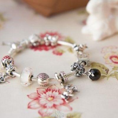 7 Beautiful Pandora Bracelets You Should Buy for Mothers' Day ...
