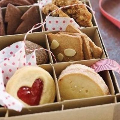 7 Helpful Tips for Mailing Baked Goods in Care Packages ...