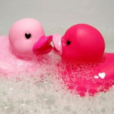 7 Wonderfully Awesome Fall Bubble Baths ...