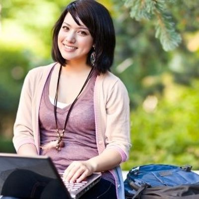 7 Care Package Ideas for College Students ...