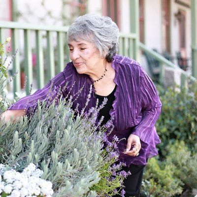 9 Places Senior Ladies Can Meet New People ...