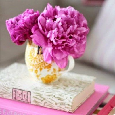 22 Simple Ways to Bring Flowers into Your Living Space to Make It Prettier Instantly ...