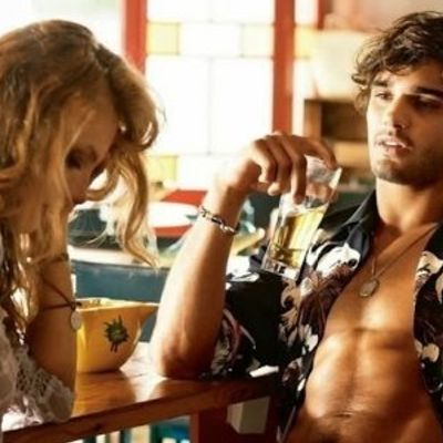 7 Flirty Ways to Compliment Him without Sounding Creepy ...