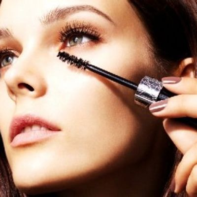 8 Things You Need to Know about Mascara Brushes ...