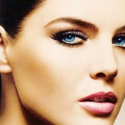 7 Tips for Naturally Looking False Lashes ...