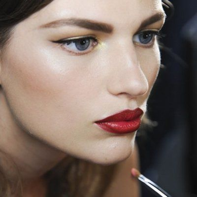 Which Lipstick Shade Should You Use?
