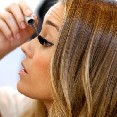 Is Applying Makeup a Struggle? Here's What You Can do ...