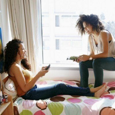 7 Ways to Stop Fighting with Your Roommate about Money ...